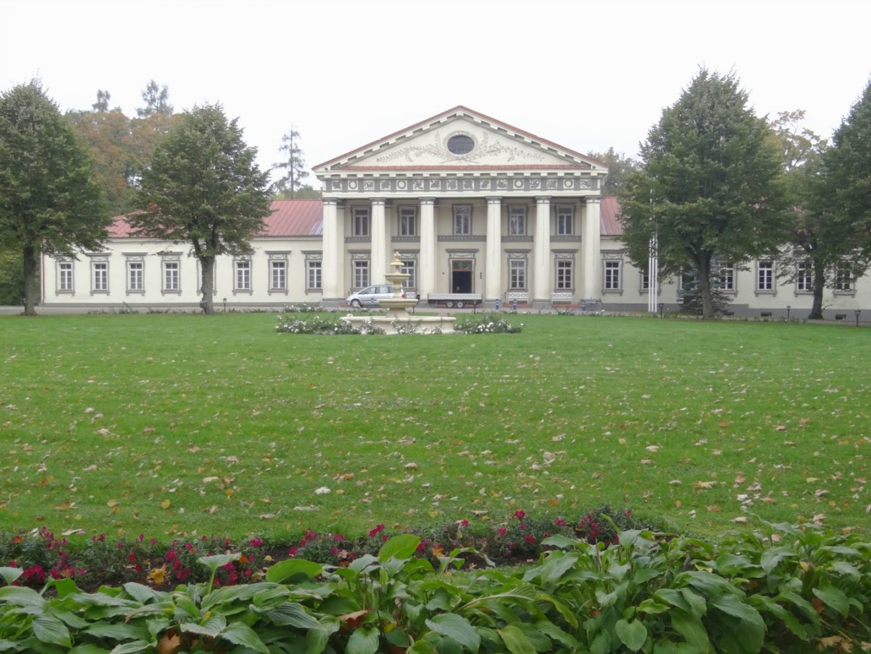 A Day Trip | Taujėnai and Alanta Estates
