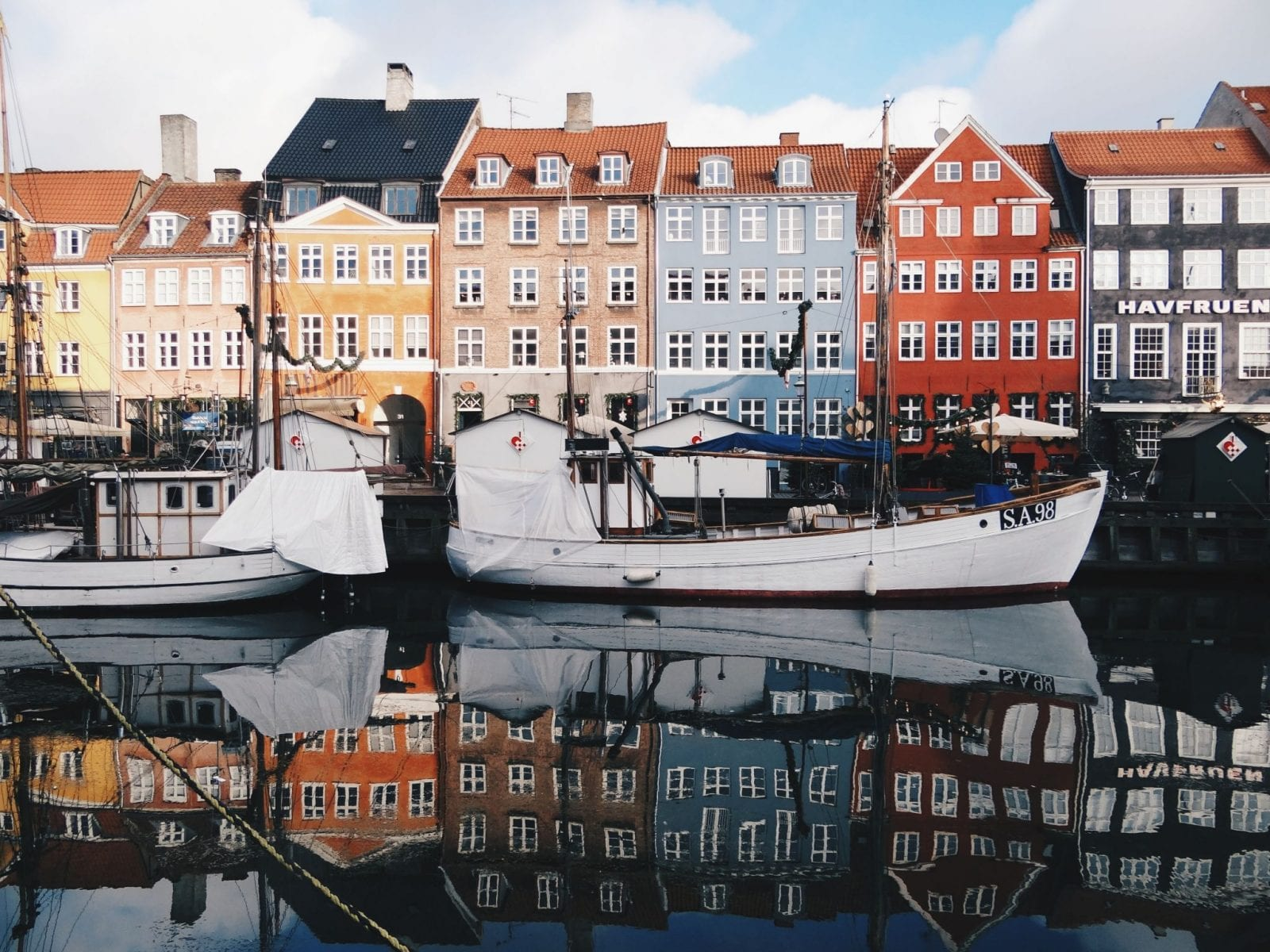 Visiting Copenhagen on a budget! 24 hours guide to Copenhagen, Denmark | read more www.thenerdyme.com