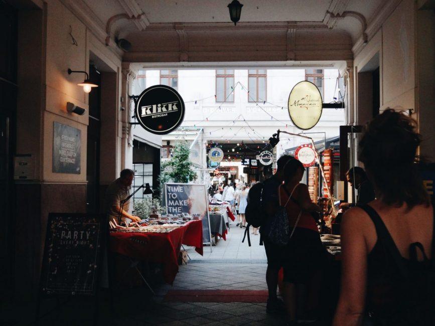 Jewish quarter in Budapest, bitemojo