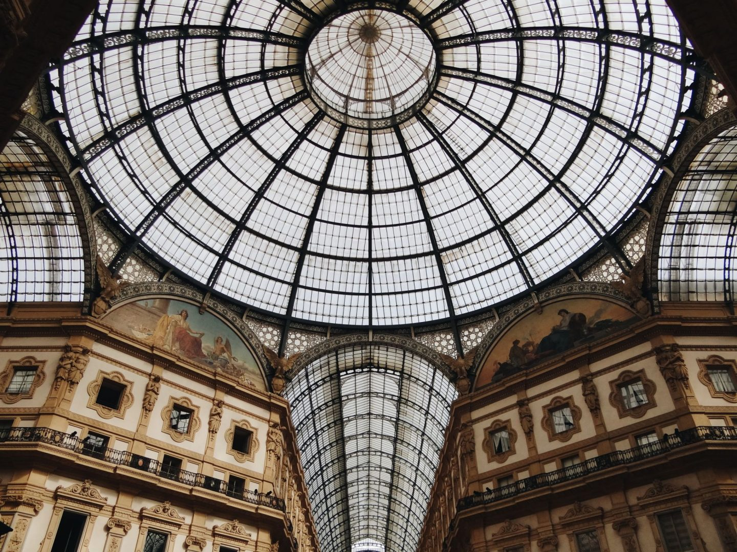 Arcade of galleria vittorio emmanuele in Milan