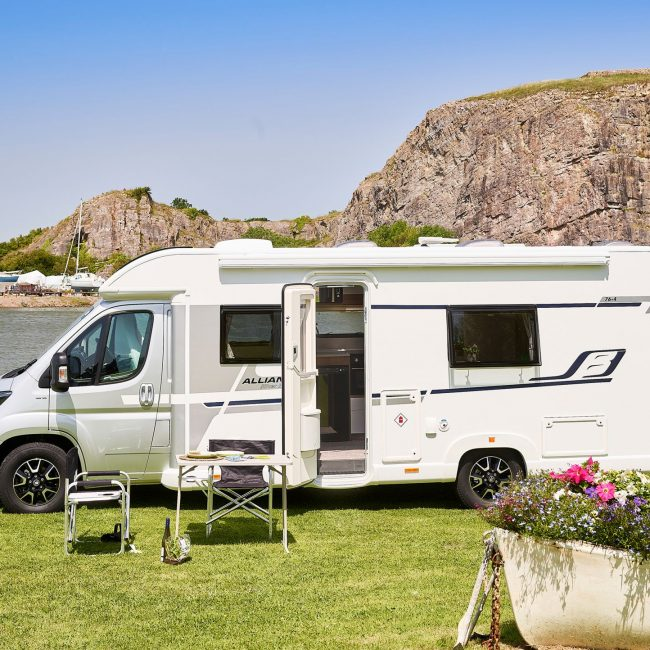 5 reasons to have a motorhome holiday